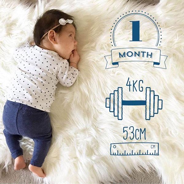 ایده عکس یک ماهگی نوزاد
