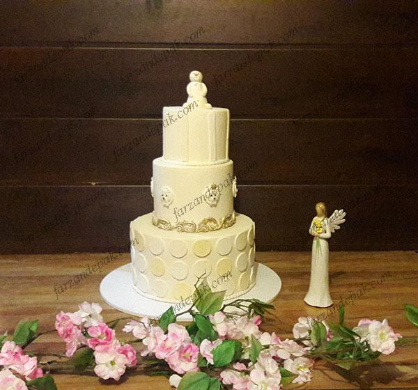 کیک تولد خرسی سفید
