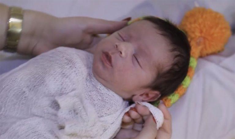ویدئو بستن نوزاد در اتلیه فرزند پاک