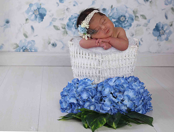 گالری عکس نوزاد دختر تا یک ماه (سری اول)