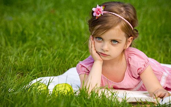 عکاسی کودک در فضای باز
