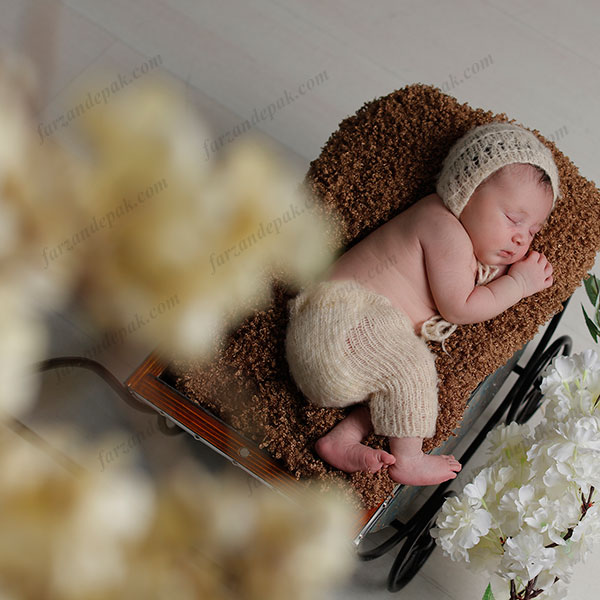 ایده عکاسی از نوزاد در فضای باز