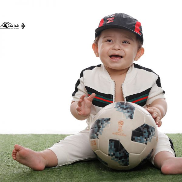 ژست عکس کودک